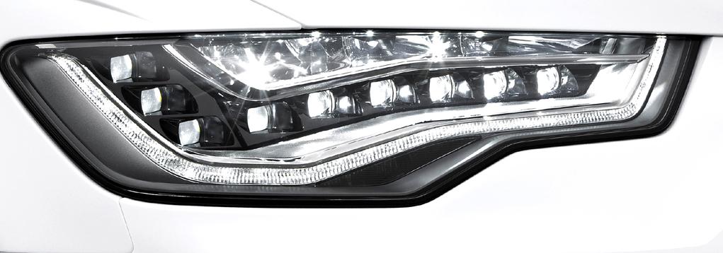 Audi A6 Allroad Quattro: Moderne Leuchteinheit vorn.