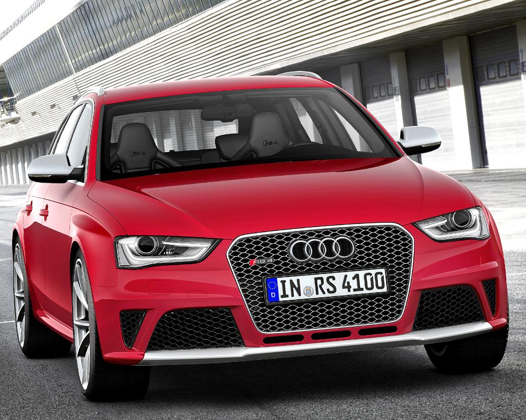 Audi RS4 Avant: Blick auf die Frontpartie.
