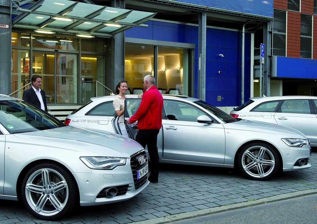 Audi bietet Shuttle-Service zum Audi Forum