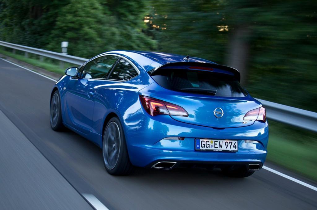 Bei 250 km/h regelt die Elektronik die Höchstgeschwindigkeit ein