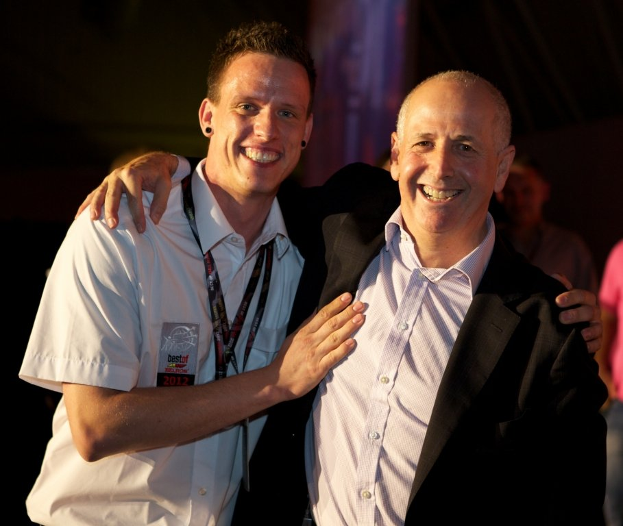 Best of Belron Barcelona 2012: Brite Steve Marelli ist weltbester Carglass-Monteur