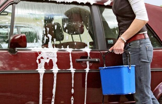 Cabrio: Stoffverdeck reinigen - aber richtig