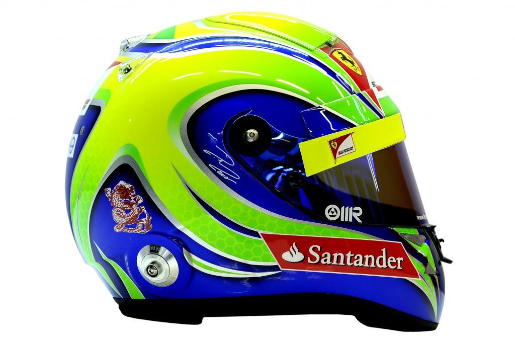 Der Helm von Philipe Massa steht  zum Verkauf