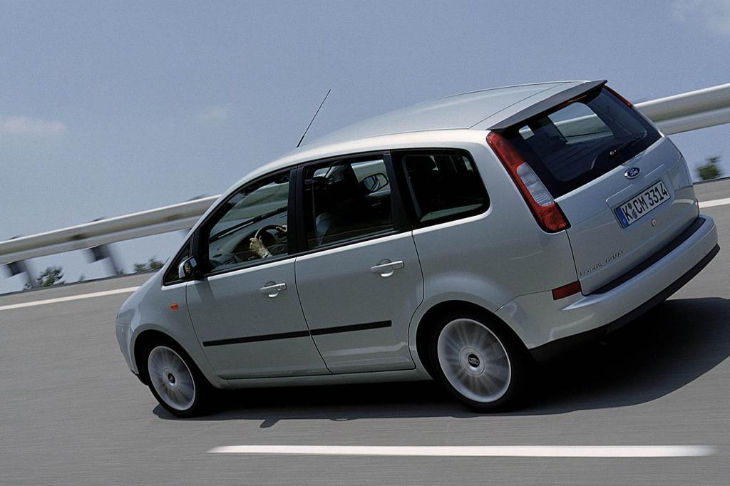 Die Motoren reichen vom 1,6-Liter-Diesel mit 66 kW/90 PS bis zum 2,0-Liter-Benziner mit 106 kW/145 PS