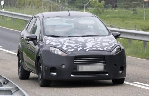 Erwischt: Erlkönig Ford Fiesta Stufenheck-Limousine