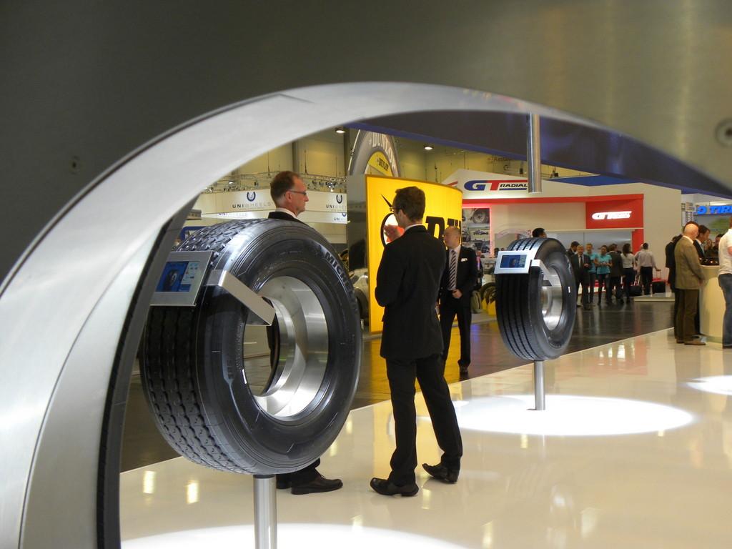 In Essen trifft sich jetzt die Reifenbranche der Welt