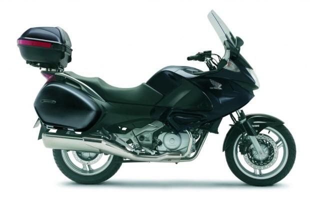 Motorrad: Honda Deauville Travelpaket - Urlaubs-Reif