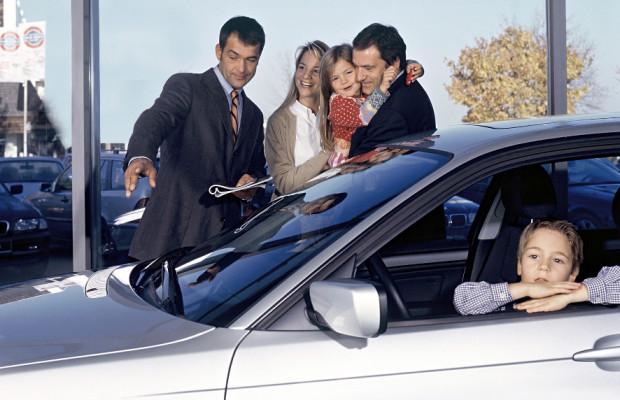 Recht: Effizienz-Label auch bei Vorführwagen Pflicht