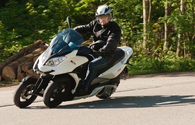 Roller-Fahrbericht Quadro 350D: Die unheimliche Begegnung mit dem dritten Rad
