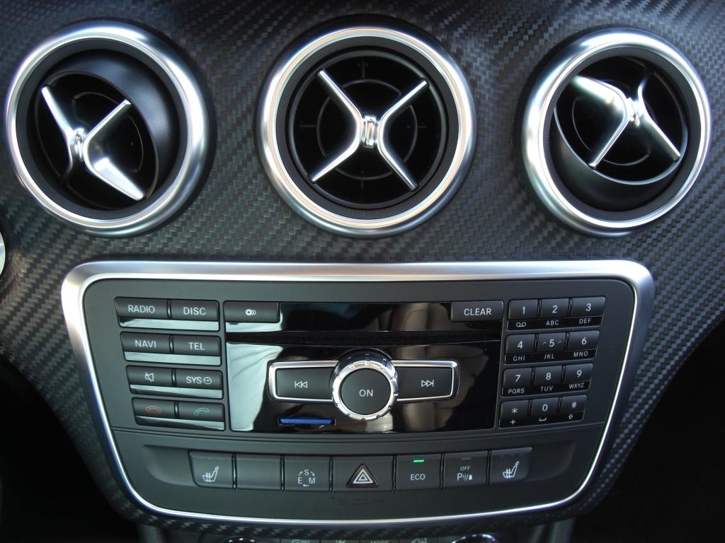 Test Mercedes-Benz A-Klasse: Angriff im Smartphone auf Rädern