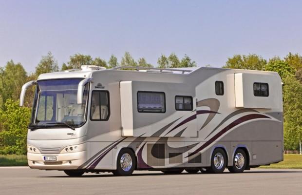 Vario Perfect 1200 Platinum - Luxuswohnmobil auf sechs Rädern