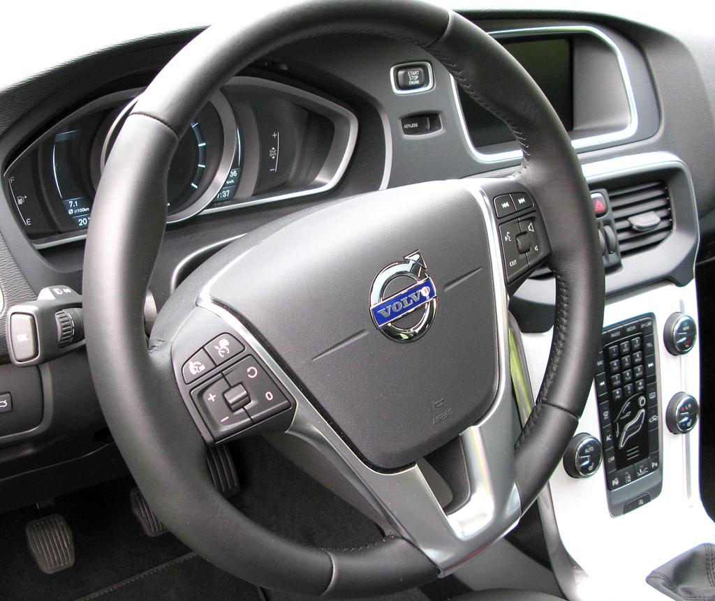 Volvo V40: Blick ins Cockpit.