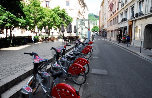 ADAC untersucht Mietfahrräder in europäischen Städten