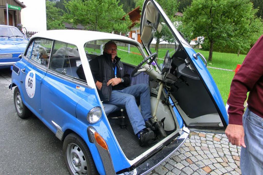 Auch eine BMW Isetta war mit dabei