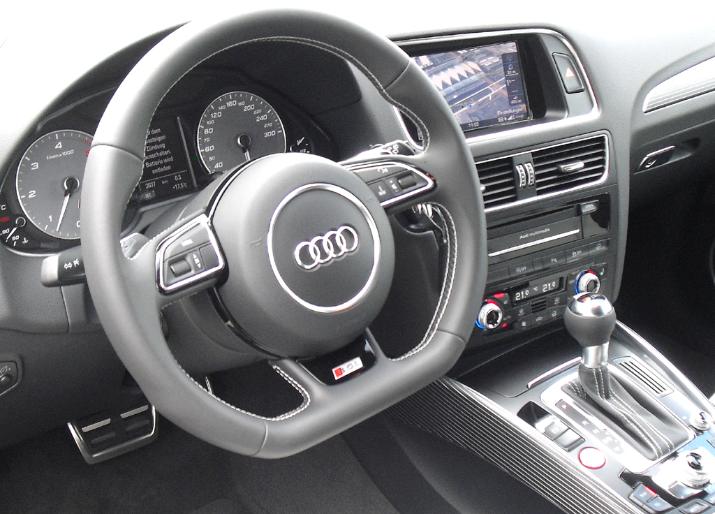 Audi SQ5: Blick ins sportlich-funktionelle Cockpit.