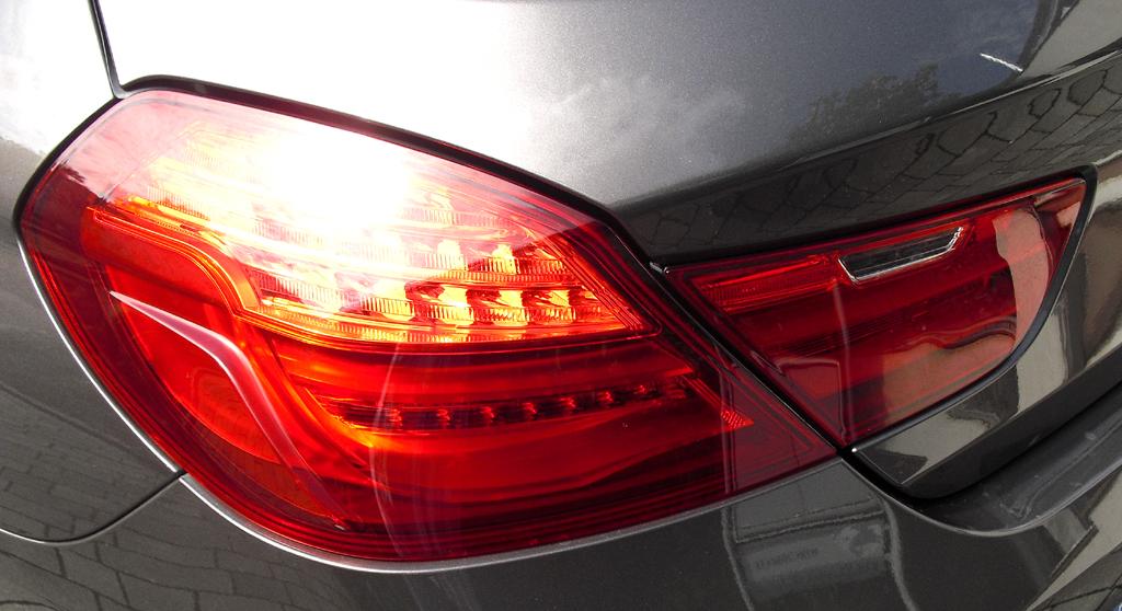 BMW Coupé 640d: Moderne Leuchteinheit hinten.