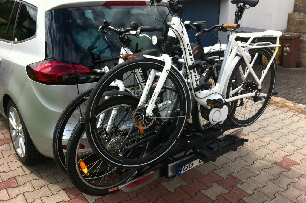 Besonders praktisch ist der optionale Fahrradträger