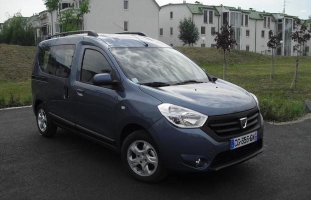 Dacia dockt ab November mit neuem Dokker auch bei Hochdachkombis an