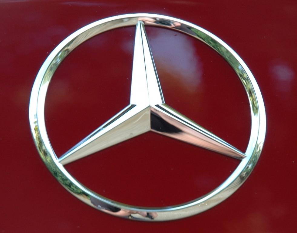 Daimler und carpooling.com schließen strategische Partnerschaft