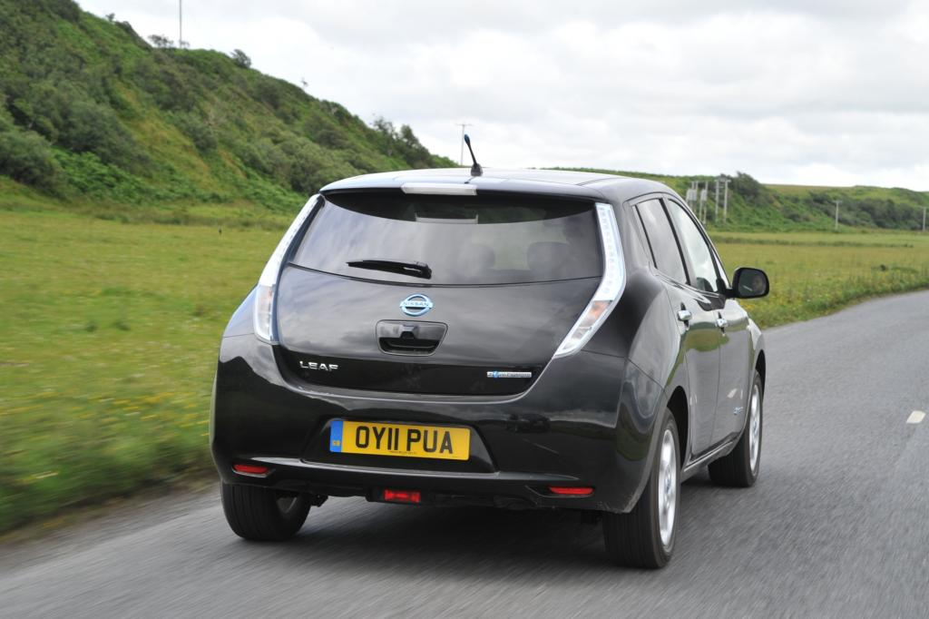 Der Nissan Leaf auf der schottischen Insel Islay