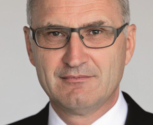Dr. Bamler leitet Kommunikation der Porsche SE