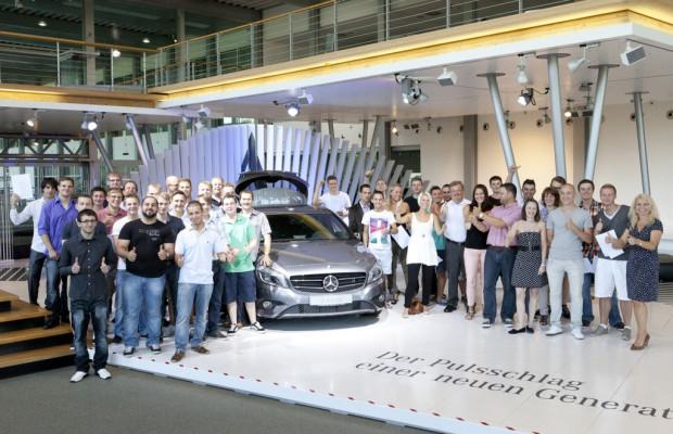 Mercedes-Benz - Werk Rastatt feiert Jungfacharbeiter und erweitert Ausbildungsangebot