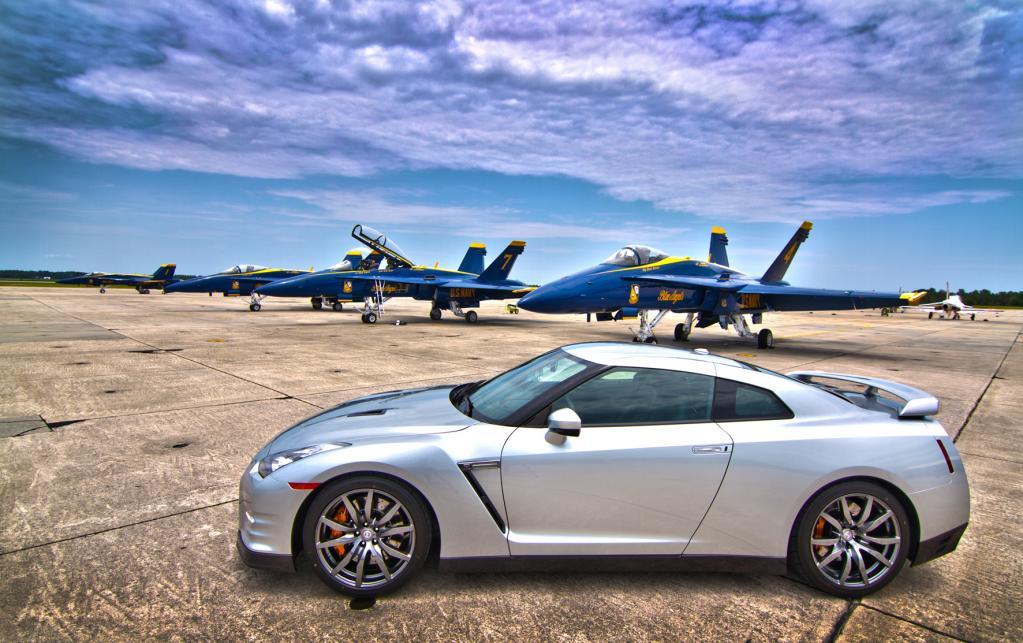 Nissan Design-Team: Inspiration bei den Blue Angels