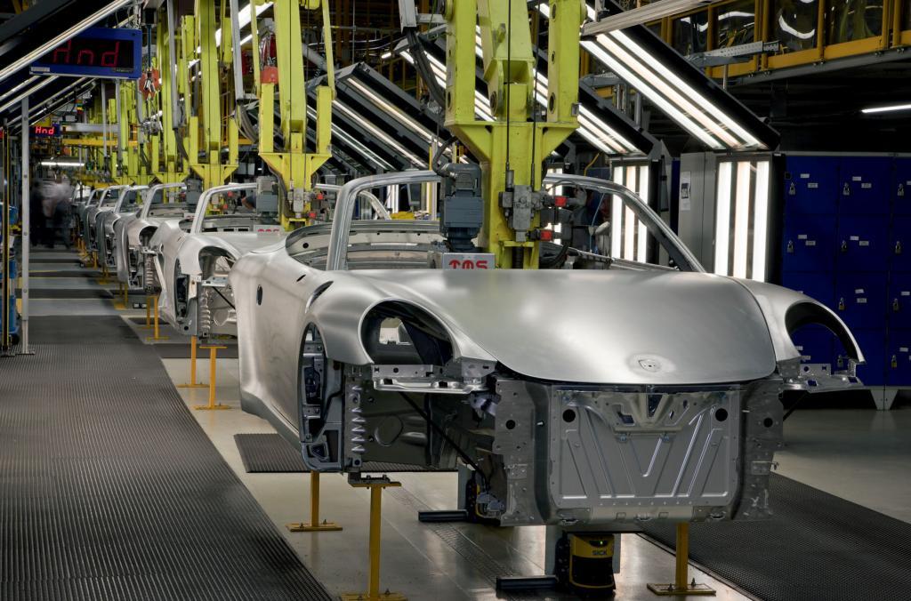 Porsche speckt ab: Komplexer Leichtbau im 911