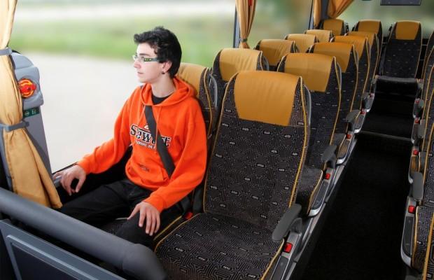 Reisebus: Ohne Gurt ein Drittel weniger Entschädigung