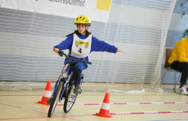 Sicherheit: Mit dem Fahrrad zur Schule