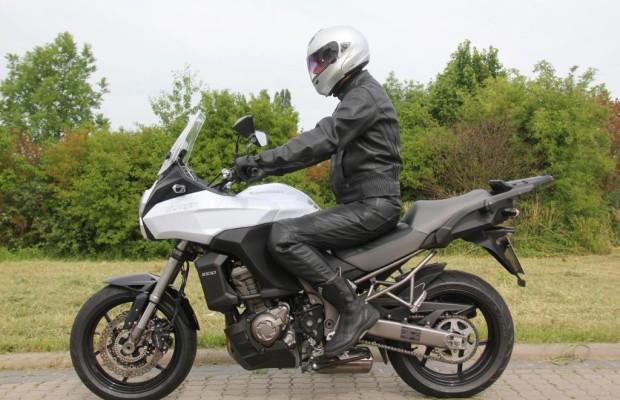 Test: Kawasaki Versys 1000 - Vier gewinnt