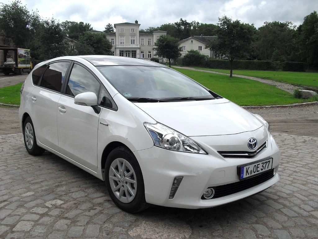 Vollhybrid mit zusätzlichem Nutzwert: Toyota Prius+.