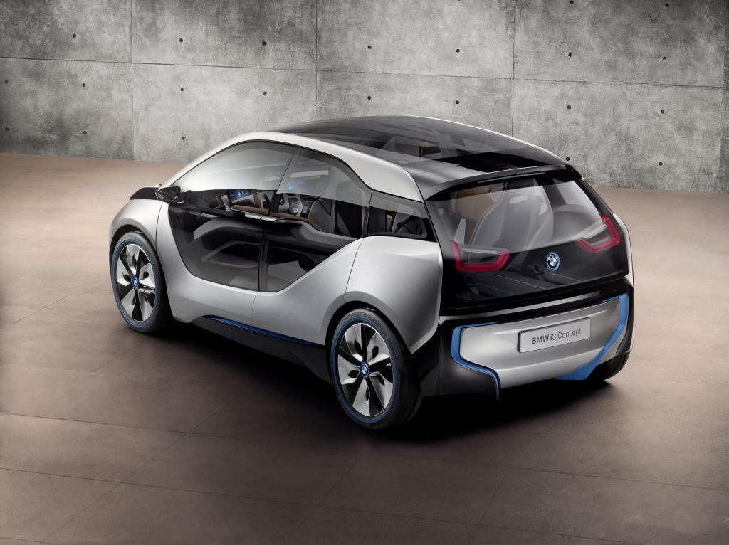 BMW: Expansion und Top-Technologie