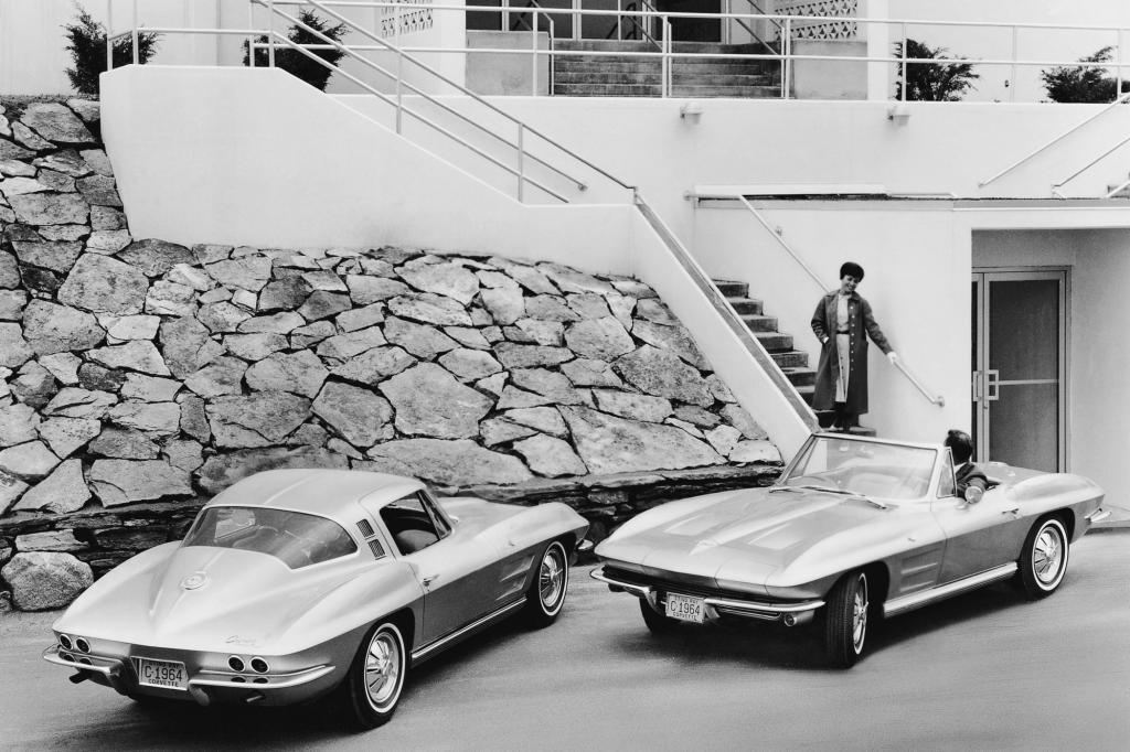 Chevrolet Corvette Sting Ray Convertible und Coupe 1964