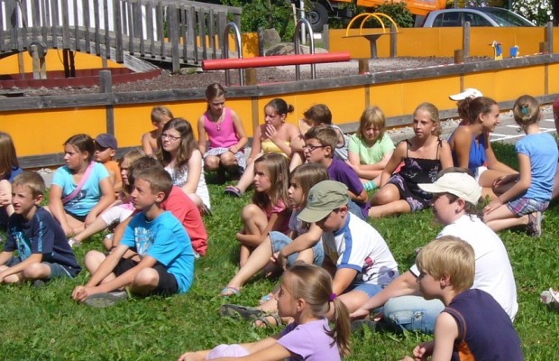 Daimler startet Sommercamp im Unimog-Museum