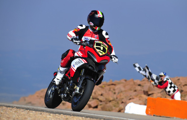 Ducati gewinnt erneut auf dem Pikes Peak