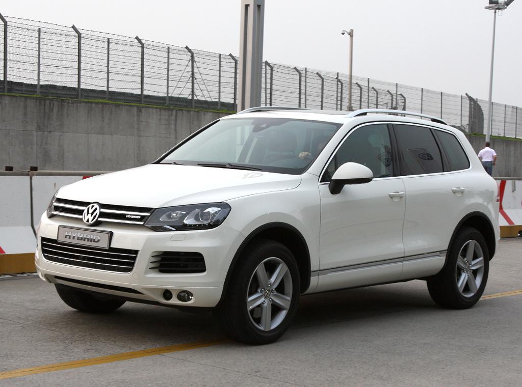 Ein weiteres Hybridmodell aus dem Volkswagen-Konzern ist der VW Touareg.