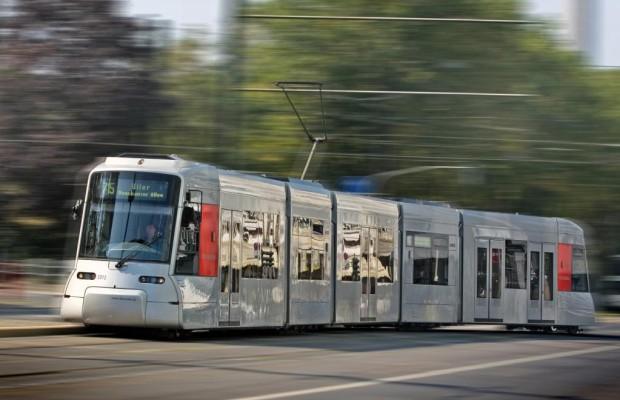Erstes Halbjahr 2012: Fahrgastrekord bei Bussen und Bahnen