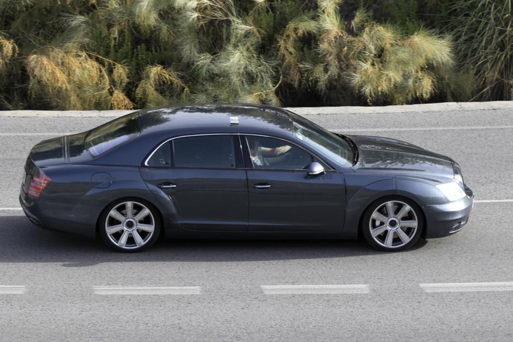 Erwischt: Bentley Continental Flying Spur Facelift