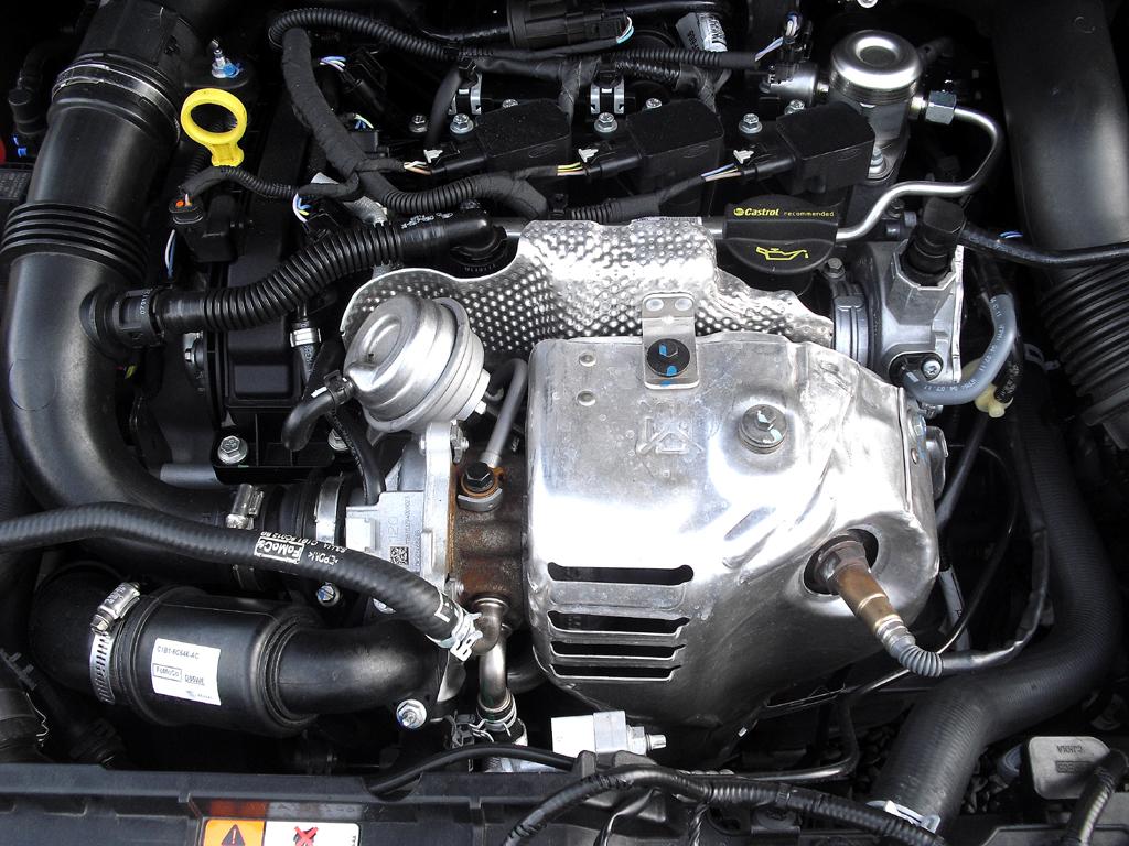 Ford B-Max: Blick unter die Haube, hier beim stärkeren Ecoboost-Dreizylinder.