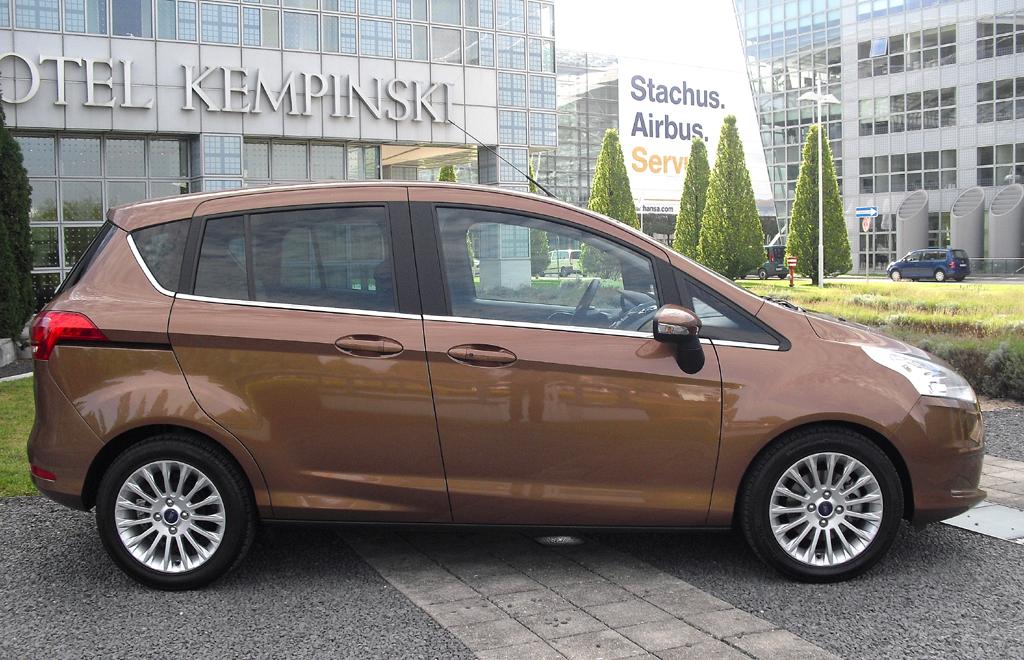 Ford B-Max: Und so sieht der Minivan von der Seite aus.