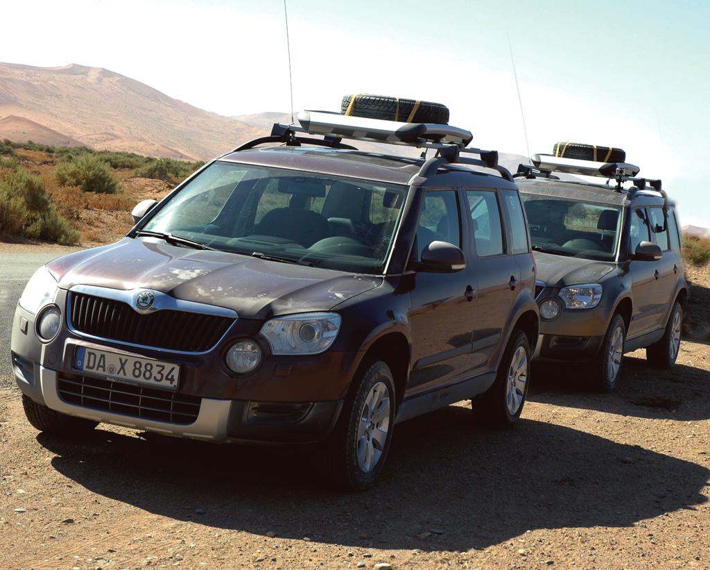 In Namibia unterwegs: Skoda-Yeti-Konvoi, Wagen 3 und 4.