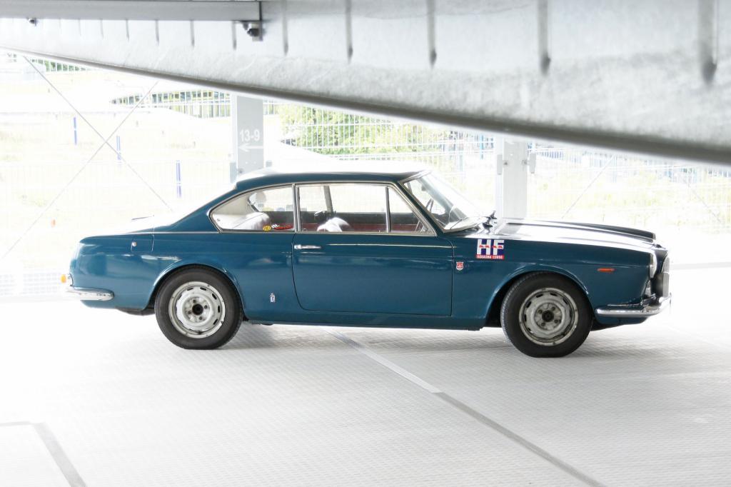 Ist der Motor erst einmal warmgelaufen, empfiehlt sich die Flavia als hervorragendes Reiseauto