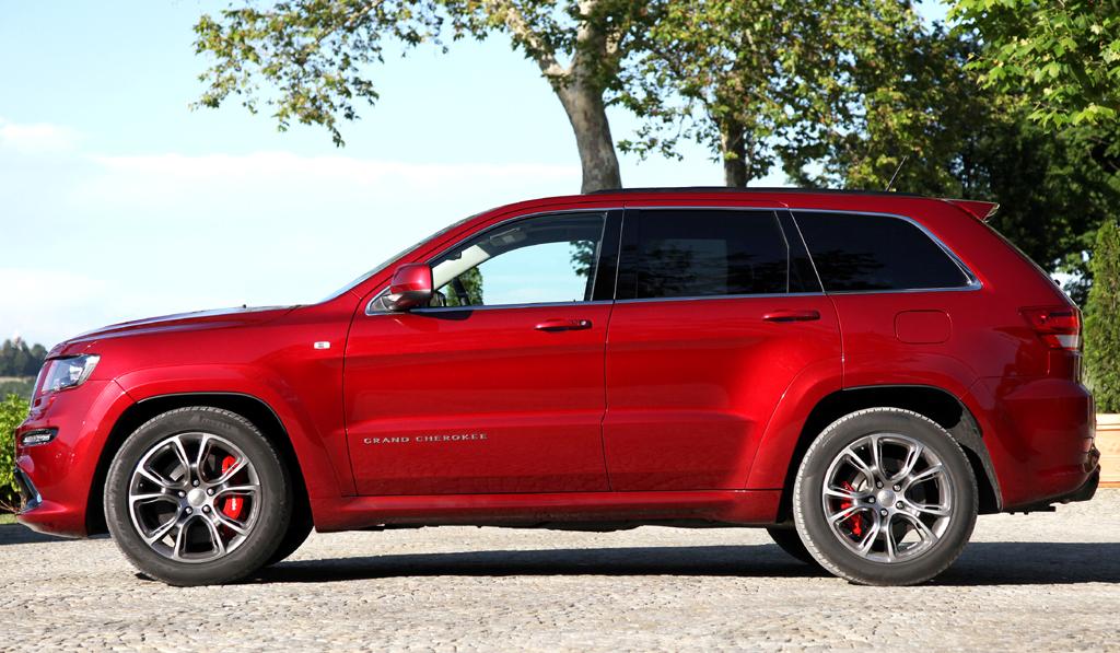 Jeep Grand Cherokee SRT: Und so sieht der SUV mit dem abgesenkten Profil von der Seite aus.