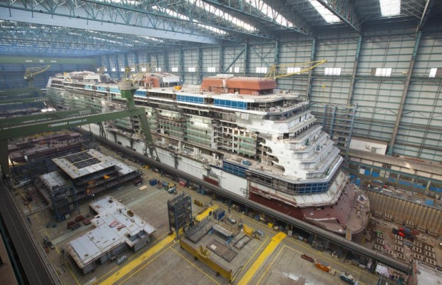 Meyer Werft Papenburg: Ein Schiff ist gekommen