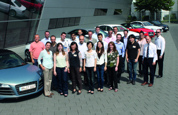 Nachwuchsmanager aus acht Ländern treffen sich bei VW und Audi