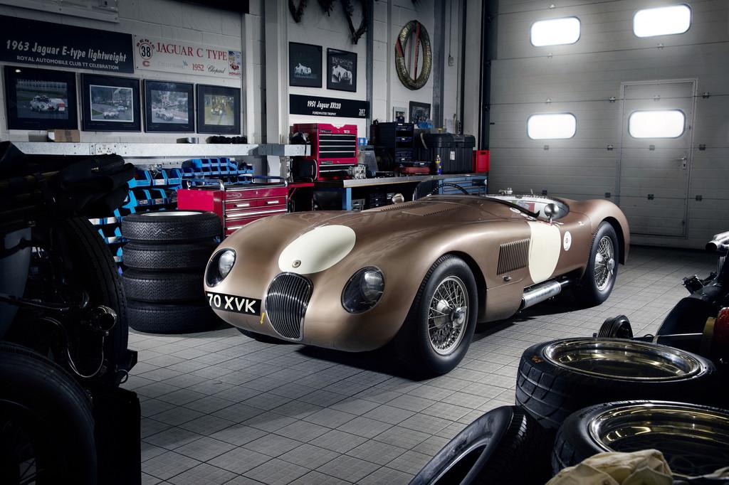 Oldtimer Grand Prix: Jaguar lässt die Eifel beben