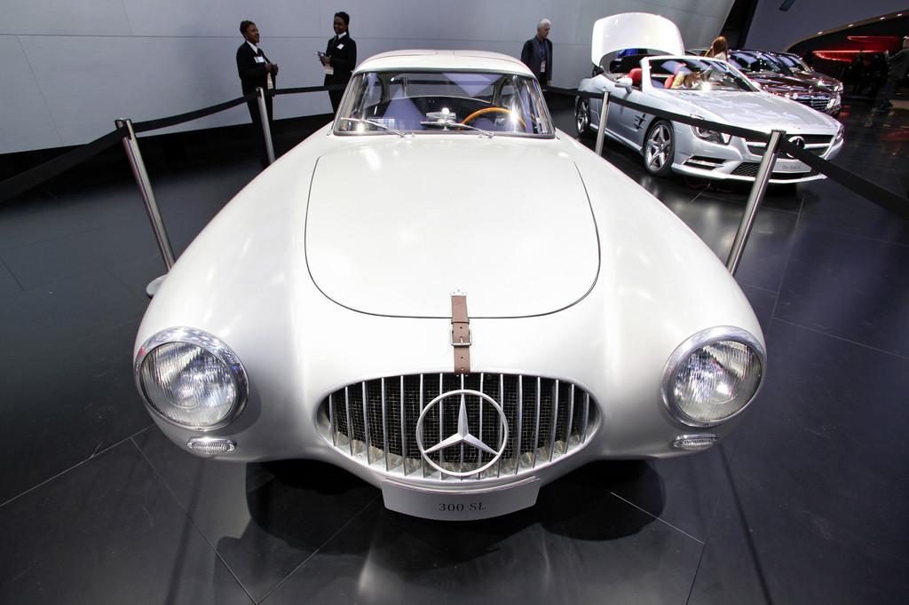 Oldtimer-Grand-Prix: Mercedes-Benz feiert 60 Jahre SL