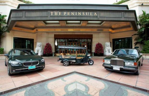Peninsula Hotel: Tuk Tuk statt Rolls Royce