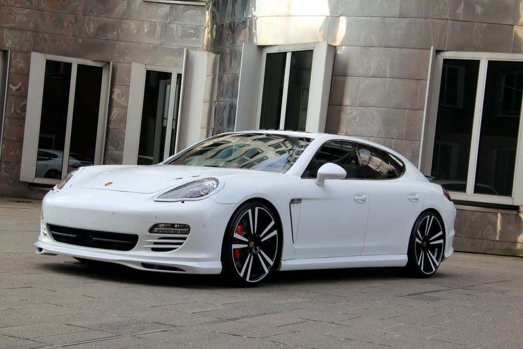 Porsche Panamera GTS in der White Storm Edition